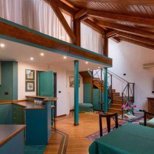 Family Apartment Jecna Loft